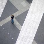 Foto einer Frau auf dem Potsdamer Platz