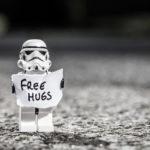 Warum ich Leuten anbiete, sie einfach so zu umarmen